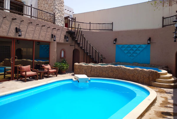 http://alliwansuites.com.qa/suites/wp-content/uploads/2020/09/pool.jpg